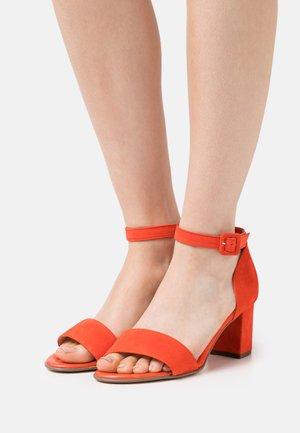 FLORENTINE - Sandals - tango