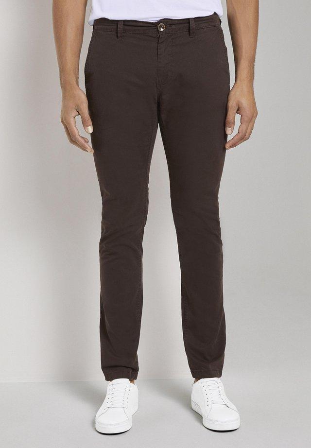 Chinos - deep dark brown