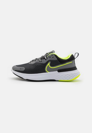 REACT MILER 2 - Neutral running shoes - smoke grey/volt/black