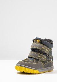 Lurchi - JAUFEN TEX - Zimní obuv - grey/yellow - 2