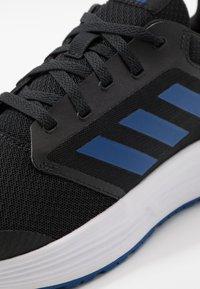 adidas Performance - GALAXY  - Zapatillas de running neutras - core black/royal blue/footwear white - 5