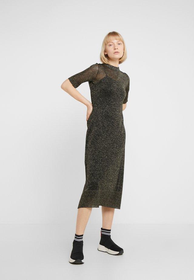 POSTA - Vestido de punto - bronze