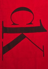 Calvin Klein Swimwear - A TOWEL - Badmantel - fierce red - 1