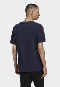 adidas Originals - STRIPE UNISEX - T-shirts print - legend ink - 1