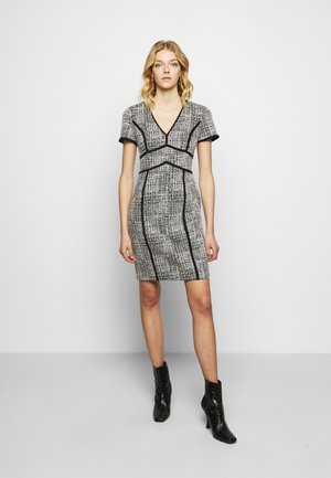 SHIFT WITH PIPING - Shift dress - black/ivory