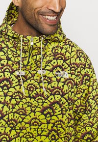 The North Face - PRINTED CLASS FANORAK - Outdoor jacket - mustard yellow/dark blue - 4