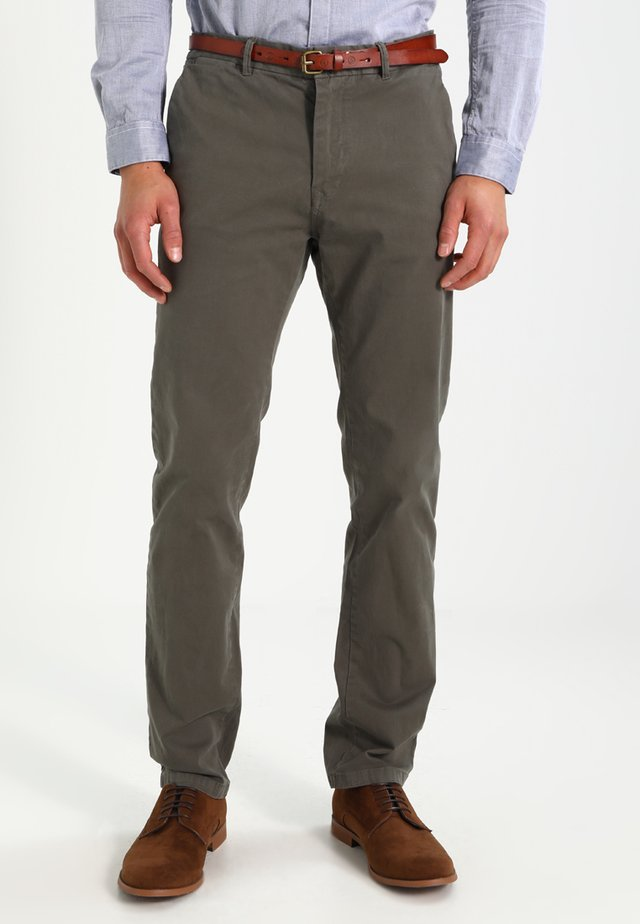 STUART - Pantalones chinos - grey