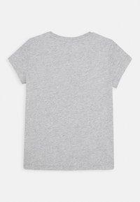 Calvin Klein Jeans - CHEST MONOGRAM - T-Shirt basic - grey - 1