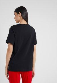 Escada Sport - EHERZ TEE - T-shirt con stampa - black - 2