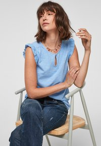 s.Oliver - Print T-shirt - light blue - 6