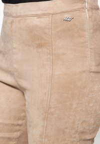 Amor, Trust & Truth - SLIM FIT - Trousers - beige - 4