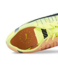 Puma - Spikes - fizzy yellow-black-nrgy peac - 7