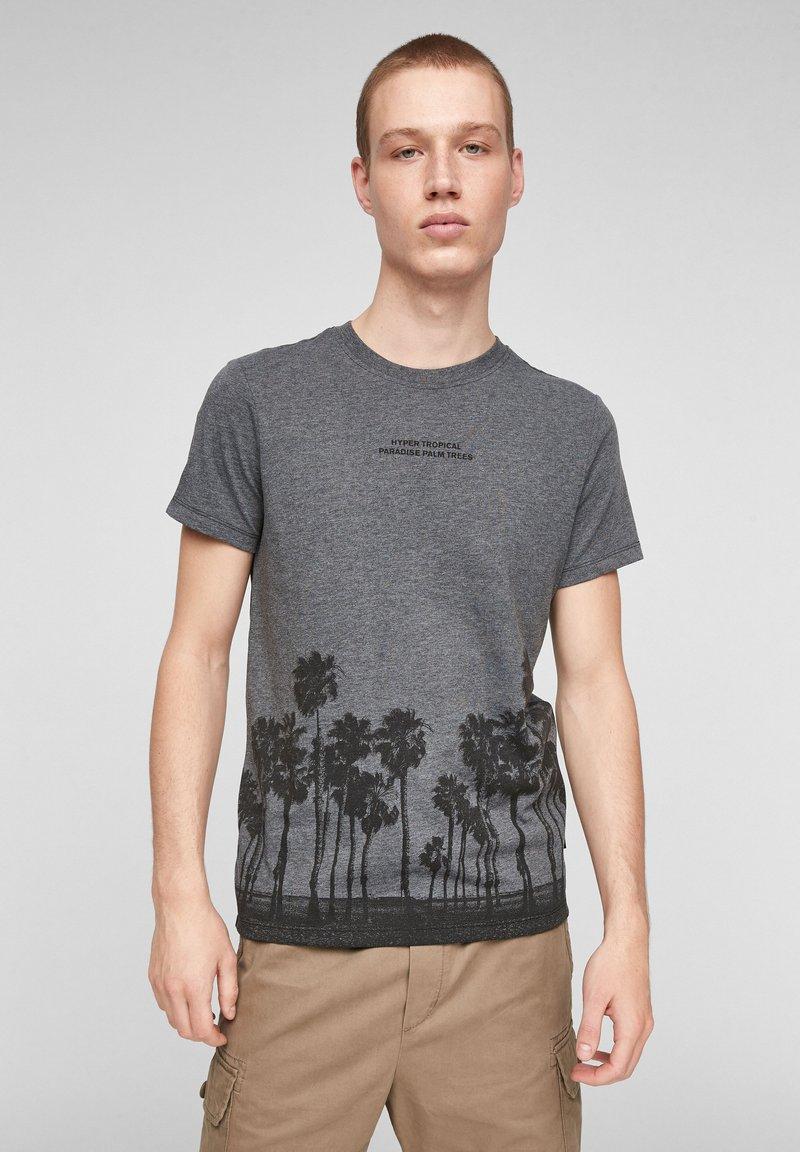QS by s.Oliver - Print T-shirt - black placed print