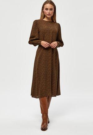 JULIANNA  - Jurk - monk's robe pr
