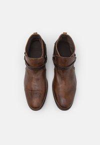 Hudson London - HAGUE - Kovbojské/motorkářské boty - tan - 3