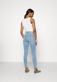 Gina Tricot - HIGHWAIST - Jeans Skinny Fit - sky blue - 2