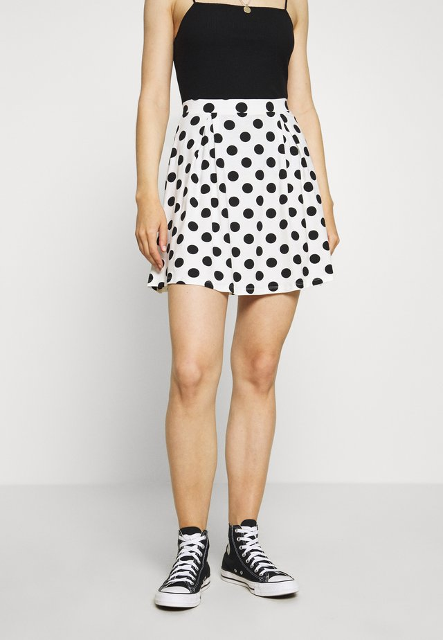 Falda acampanada - off-white/black