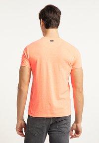 Petrol Industries - Print T-shirt - fiery coral - 2