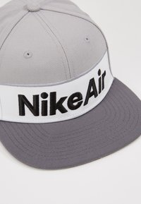 Nike Sportswear - NSW NIKE AIR FLAT BRIM - Cap - dark grey - 2