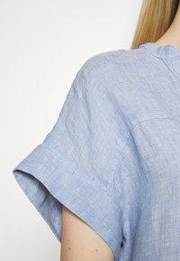Marks & Spencer London - BLOUSE - T-shirt med print - blue - 5