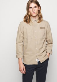 forét - BEAR - Shirt - khaki - 3