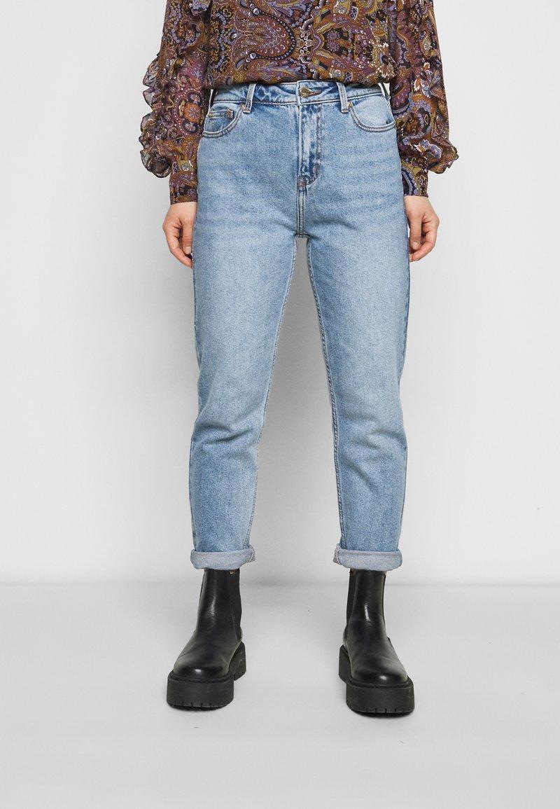 ONLY Petite - ONLEMILY LIFE ANKLE  - Straight leg jeans - medium blue