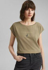 edc by Esprit - Print T-shirt - light khaki - 0