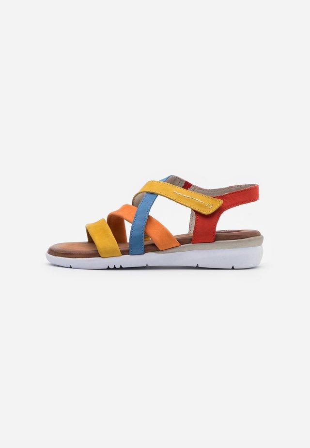 Sandales compensées - multicolor