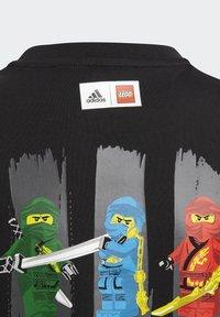 adidas Performance - LEGO NINJAGO - Print T-shirt - black - 3