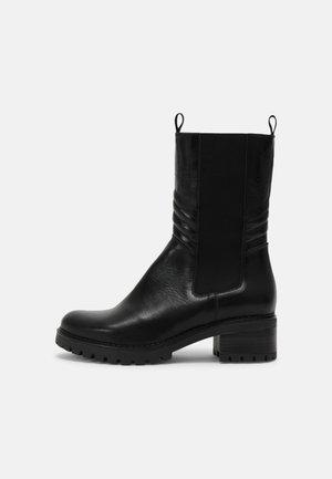 PERRY - Platform boots - black