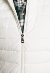 Polo Ralph Lauren - MATTE FINE  - Waistcoat - white - 5