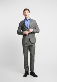 Seidensticker - SLIM FIT SPREAD KENT PATCH - Formal shirt - blue - 1