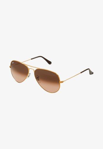 0RB3025 AVIATOR - Gafas de sol - bronze/copper pink gradient brown