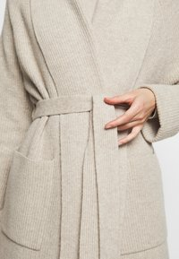 WEEKEND MaxMara - POMPOSA - Kardigan - beige - 7