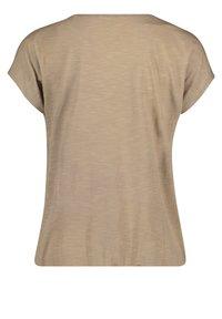 Cartoon - Print T-shirt - camel/cream - 4