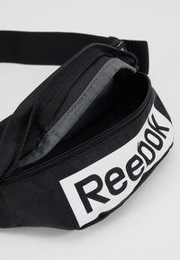 Reebok - LINEAR LOGO WAISTBAG - Ledvinka - black - 5