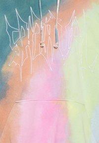 Weekday - GREZIA HUGE HOODIE - Sudadera - multi-coloured - 6