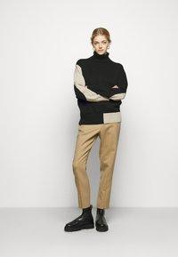 MM6 Maison Margiela - Pullover - black/beige - 1