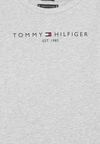 Tommy Hilfiger - ESSENTIAL TEE - Long sleeved top - grey - 2