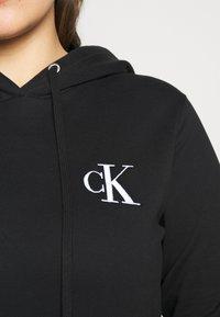 Calvin Klein Jeans Plus - EMBROIDERY HOODIE - Hoodie - black - 5