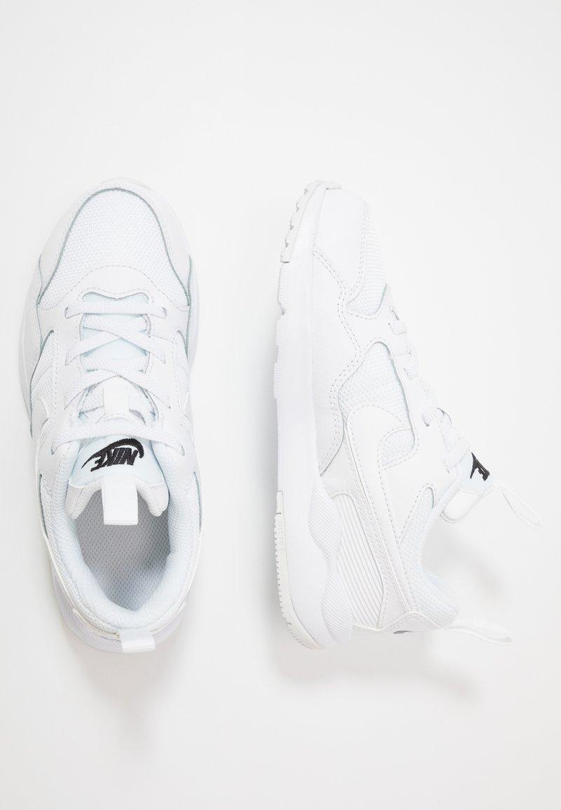 Nike Sportswear - PEGASUS '92 LITE - Sneaker low - white/black