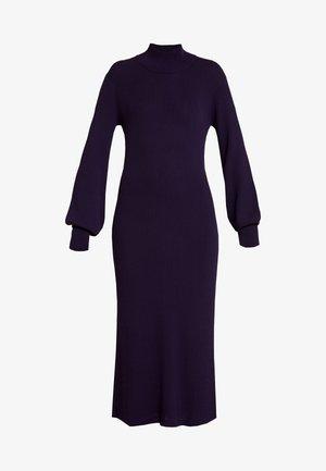 MARIELC TURTLE NECK DRESS - Robe longue - purple rain