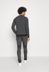 Levi's® - SKINNY TAPER - Jeans Skinny Fit - greys - 2