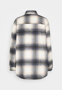 Nly by Nelly - LONG CHECK SHIRT - Button-down blouse - blue/white - 1