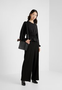Opening Ceremony - Long sleeved top - black - 1