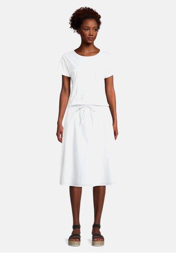 CASUAL KURZARM - Robe en jersey - weiß