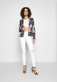 ONLY - ONLPOPTRASH PRINT - Blazer - night sky/flower leaf - 1