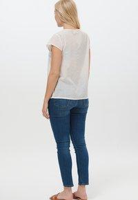 Sugarhill Brighton - MAGDA COLOUR FLECK - Print T-shirt - white - 2