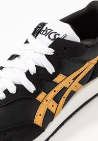 ASICS SportStyle - TARTHER - Sneakersy niskie - black/pure gold - 2