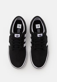 adidas Originals - SEELEY SPORTS INSPIRED SHOES - Sneakers basse - core black/footwear white - 3
